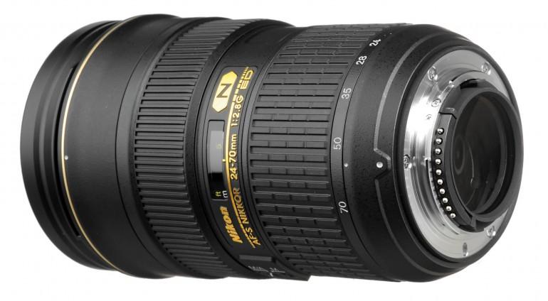 Nikon-AF-S-NIKKOR-24-70mm-f-2.8G-ED-lens