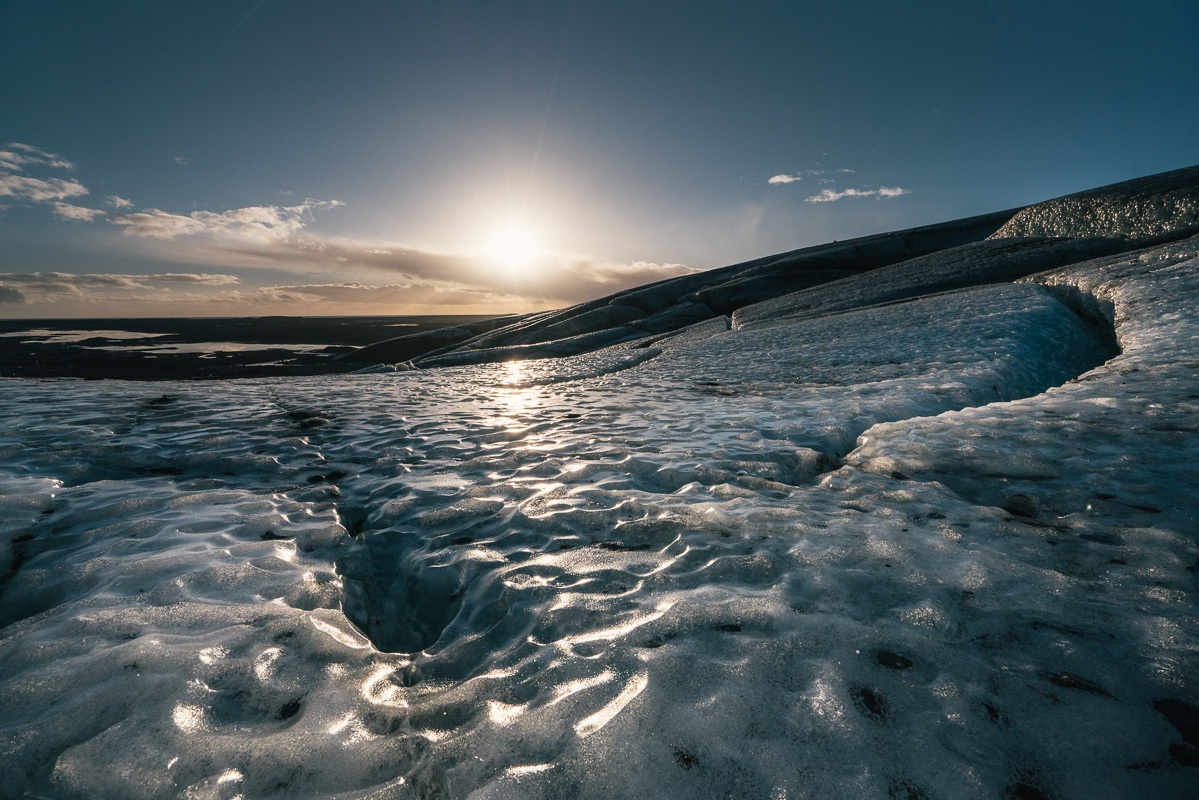 Wednesday 25th November 2015, Vatnajökull national park, Iceland: Photographer Mikael Buck with assistance from renowned local Icelandic guide Einar Runar Sigurdsson, explored the frozen world of Vatnajökull glacier in Iceland using Sony's world first back-illuminated full-frame sensor – which features in the ?7R II camera. His images were taken without use of a tripod or any image stitching techniques in photoshop. This was made possible through Sony's new sensor technology, allowing incredibly detailed low-light hand held photography. Previously images this detailed would have required carrying bulky equipment to the caves, some of which can require hiking and climbing over a glacier for up to two hours to to access. This picture: The view on top of the Vatnajökull glacier whilst hiking to access the caves PR Handout - editorial usage only. Photographer's details not to be removed from metadata or byline. For further information please contact Rochelle Collison at Hope & Glory PR on 020 7014 5306 or rochelle.collison@hopeandglorypr.com Copyright: © Mikael Buck / Sony 07828 201 042 / mikaelbuck@gmail.com