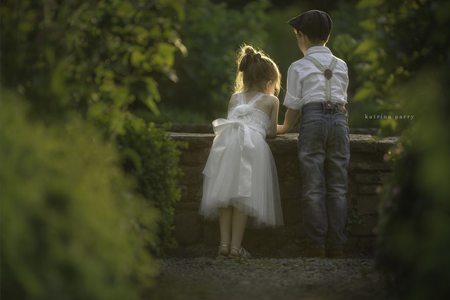 Mother-Strives-to-Capture-the-Magic-of-Childhood-with-her-Photography29__880