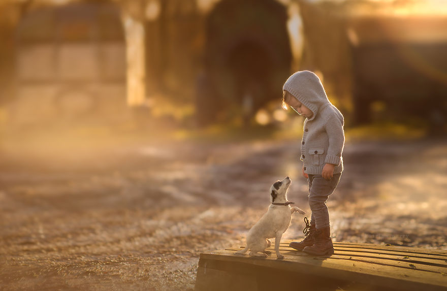 mother-strives-to-capture-the-magic-of-childhood-with-her-photography-10__880