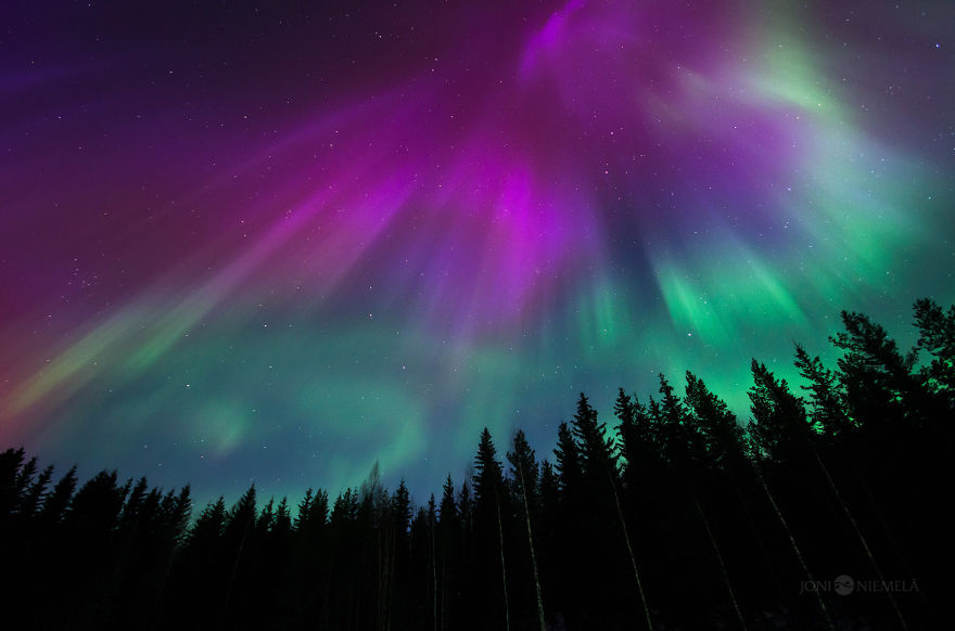 northern-lights-that-i-photographed-in-my-home-country-finland-2__880