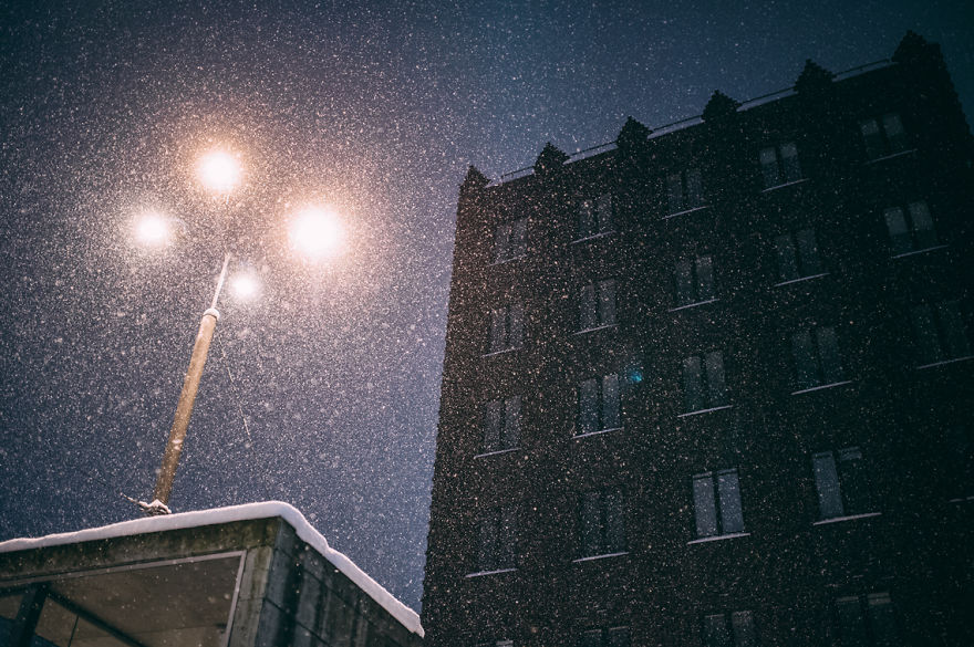 after-missing-my-bus-i-decided-to-walk-home-in-a-blizzard-and-photograph-my-city-tallinn-26__880
